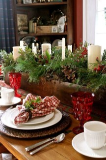 Modern Rustic Christmas Table Settings Ideas 12