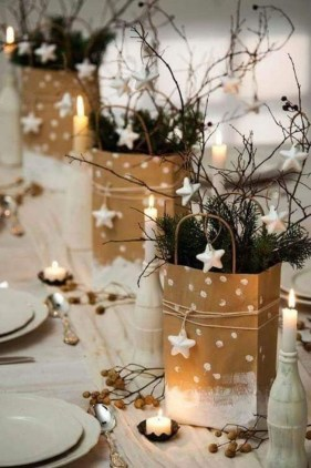 Modern Rustic Christmas Table Settings Ideas 24