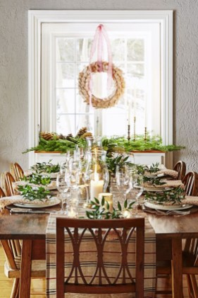 Modern Rustic Christmas Table Settings Ideas 25