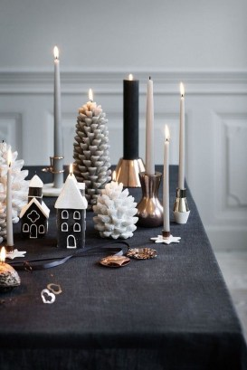 Modern Rustic Christmas Table Settings Ideas 42
