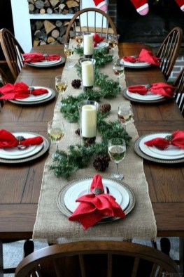 Modern Rustic Christmas Table Settings Ideas 50