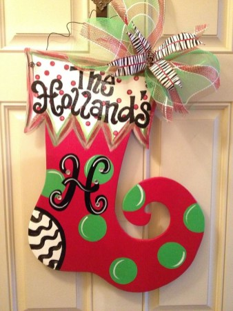 Perfect Christmas Stocking Decoration Ideas 08
