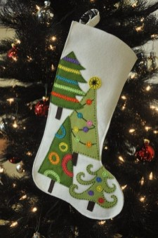 Perfect Christmas Stocking Decoration Ideas 21