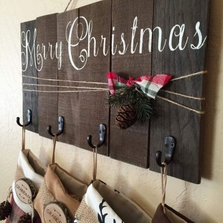 Perfect Christmas Stocking Decoration Ideas 32
