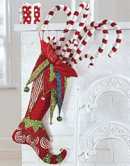 Perfect Christmas Stocking Decoration Ideas 35