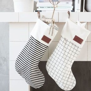 Perfect Christmas Stocking Decoration Ideas 39