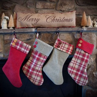 Perfect Christmas Stocking Decoration Ideas 51