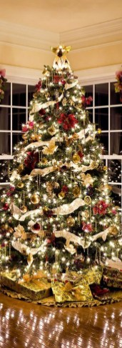 Stylish Decorated Christmas Trees 2018 Ideas 09