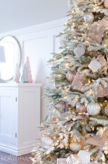 Stylish Decorated Christmas Trees 2018 Ideas 22