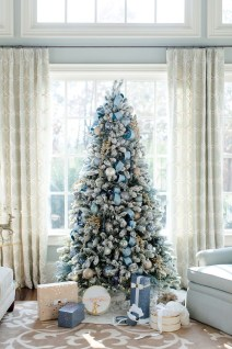 Stylish Decorated Christmas Trees 2018 Ideas 46