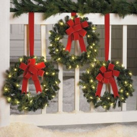 Wonderful Red Christmas Decoration Ideas 09