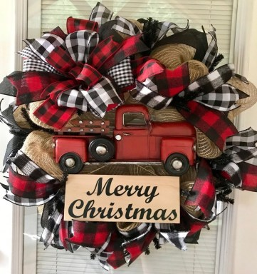 Wonderful Red Christmas Decoration Ideas 58