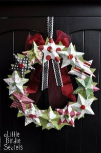 Awesome Christmas Wreath Decoration Ideas For Your Home 41