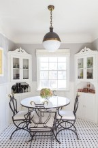 Charming Dining Room Decor Ideas For Valentines Day 07