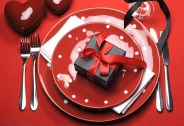 Charming Dining Room Decor Ideas For Valentines Day 19