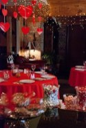 Charming Dining Room Decor Ideas For Valentines Day 21