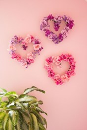 Comfy Valentine Decor Ideas For This Year 24