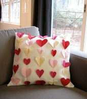 Comfy Valentine Decor Ideas For This Year 50