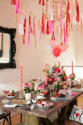 Cute Table Setting Ideas For Valentines Day 06