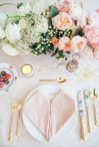 Cute Table Setting Ideas For Valentines Day 26