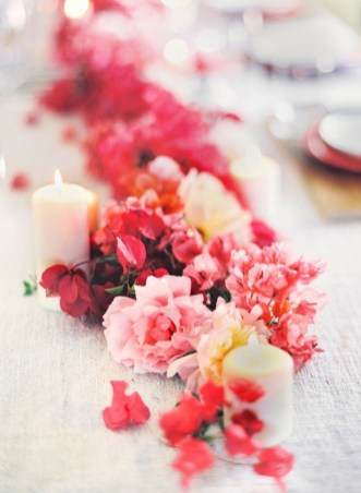 Cute Table Setting Ideas For Valentines Day 54