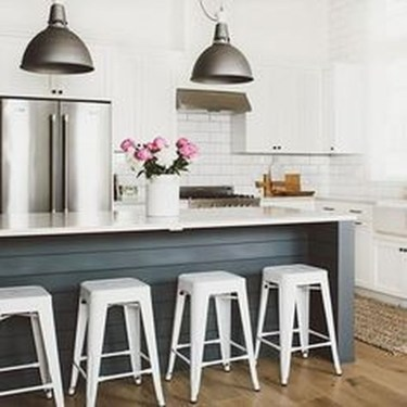 Modern Kitchen Island Decor Ideas 48