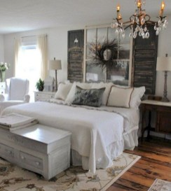 Stylish Farmhouse Bedroom Decor Ideas 05