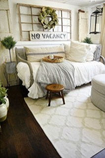 Stylish Farmhouse Bedroom Decor Ideas 31