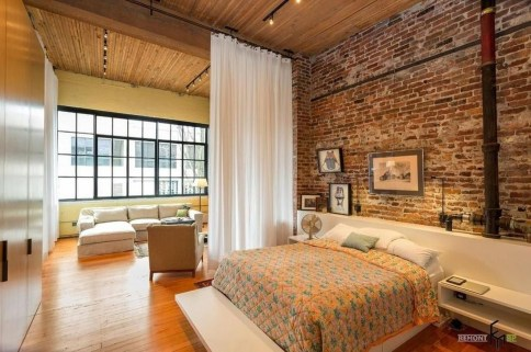 Wonderful Ezposed Brick Walls Bedroom Design Ideas 39