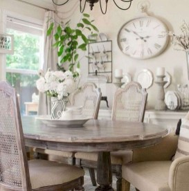 Amazing French Country Dining Room Table Decor Ideas 13