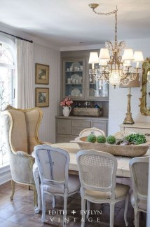 Amazing French Country Dining Room Table Decor Ideas 50