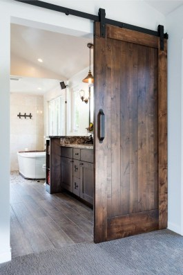 Awesome Master Bathroom Remodel Ideas On A Budget 17