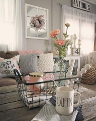 Lovely Farmhouse Living Room Decor Ideas 02