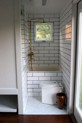 Perfect Tiny House Bathroom Design Ideas 15