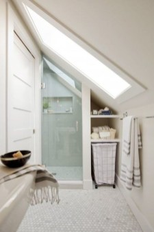 Perfect Tiny House Bathroom Design Ideas 40