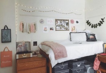 Unique Dorm Room Storage Organization Ideas On A Budget 23