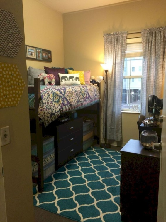 Unique Dorm Room Storage Organization Ideas On A Budget 54