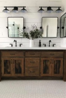 Wonderful Farmhouse Bathroom Decor Ideas 37