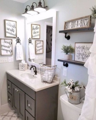 Wonderful Farmhouse Bathroom Decor Ideas 41
