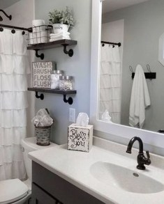 Wonderful Farmhouse Bathroom Decor Ideas 49