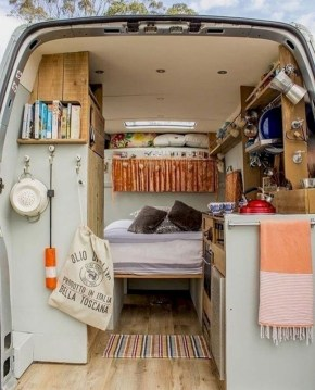 Wonderful Rv Camper Van Interior Decorating Ideas 43