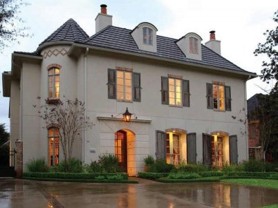 Awesome French Country Exterior Design Ideas For Home 08