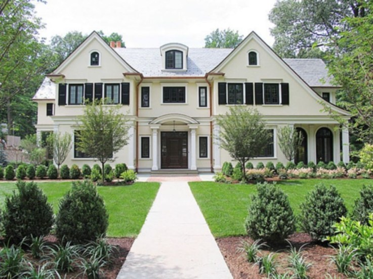Awesome French Country Exterior Design Ideas For Home 49