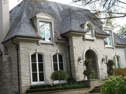 Awesome French Country Exterior Design Ideas For Home 51