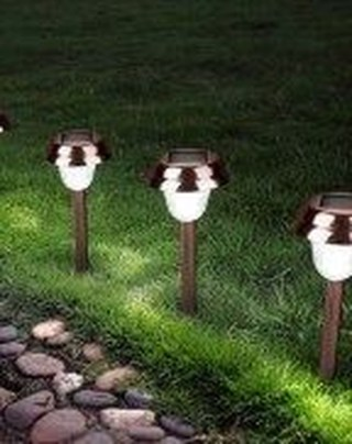 Cute Outdoor Lighting Ideas For Garden 26