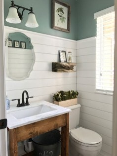 Elegant Farmhouse Bathroom Wall Color Ideas 28