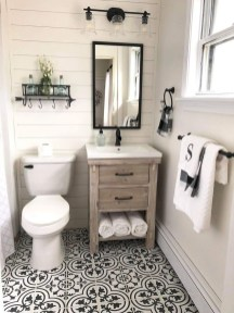 Elegant Farmhouse Bathroom Wall Color Ideas 47