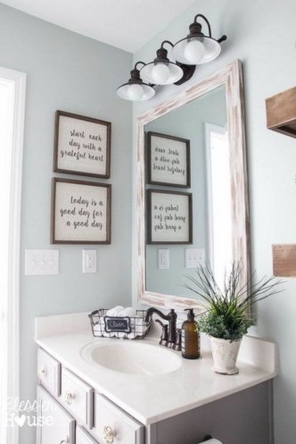 Elegant Farmhouse Bathroom Wall Color Ideas 51