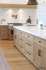 Enchanting Cabinets Design Ideas To Save Your Goods 27