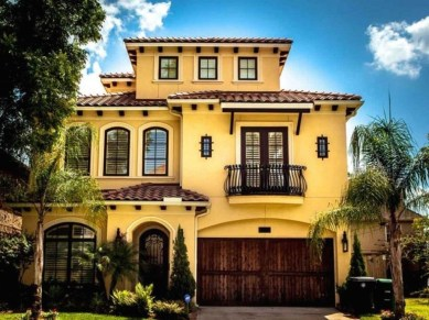Flawless Exterior House Paint Ideas With Yellow Colors 08